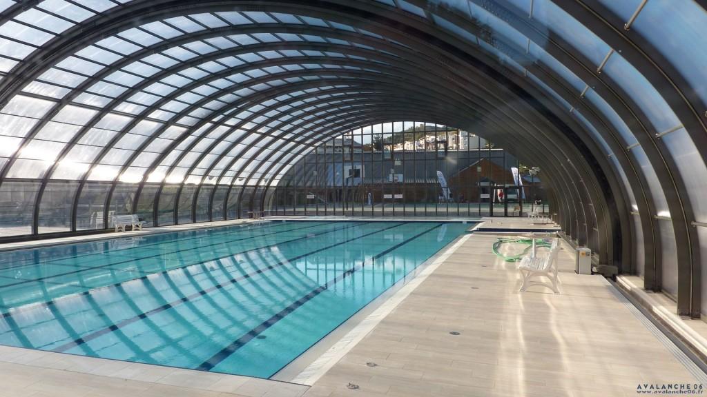 Swimming pool d acid black cherry for A la piscine translation